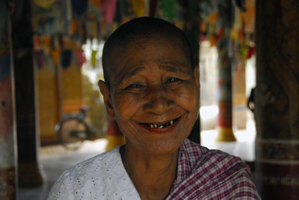 De Phnom Penh à Prasat Sambor à moto