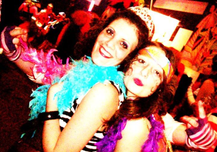 Anne-Charlotte et Claudia au carnaval de Dunkerque 2011