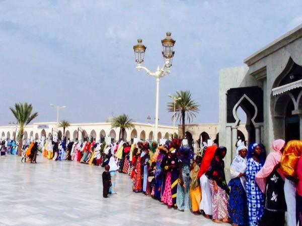 L'attente à la mosquée, Touba