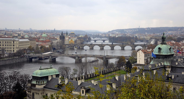 Vue sur les ponts de Letna, Prague, République Tchèque