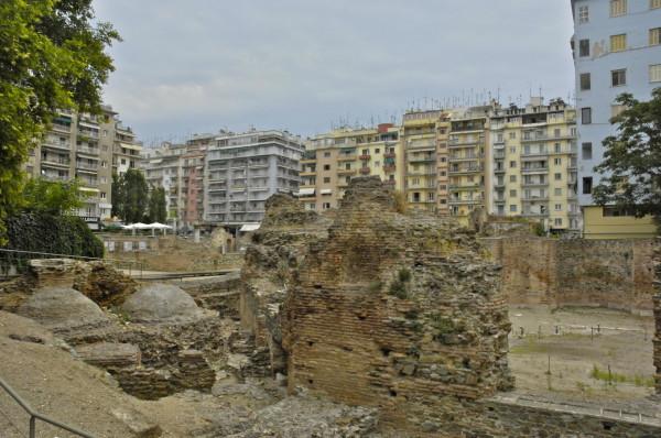 Entre deux âges, Thessalonique, Grèce