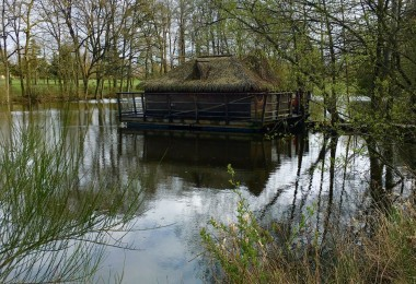 Cabane sur l'eau, Domaine des Ormes, Dol de Bretagne