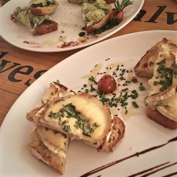 Bouchées de morue et fromage grillés, Club do bacalhau, Portugal