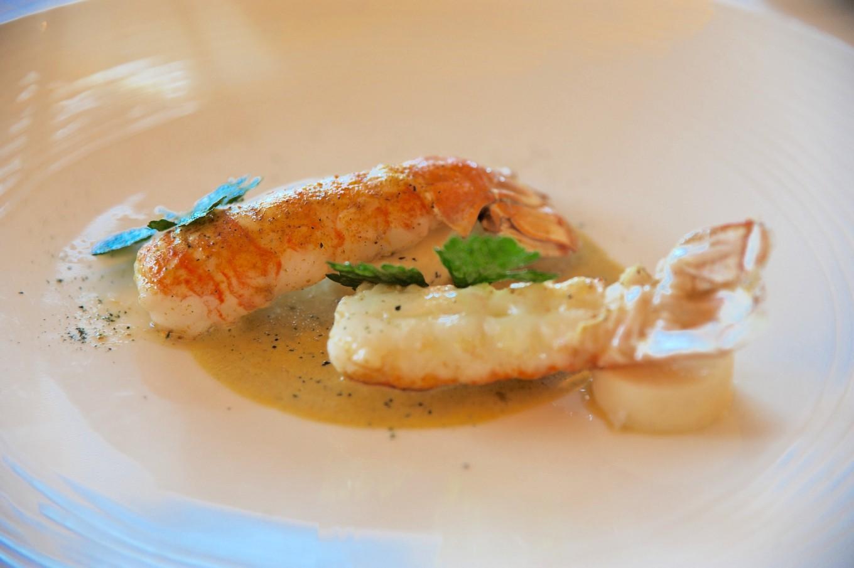 Langoustines justes raidies au beurre de curry, assiette des 7 mers, Saint-Malo