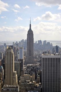 Vue sur l'Empire State Building depuis le Rockefeller Center, New-York