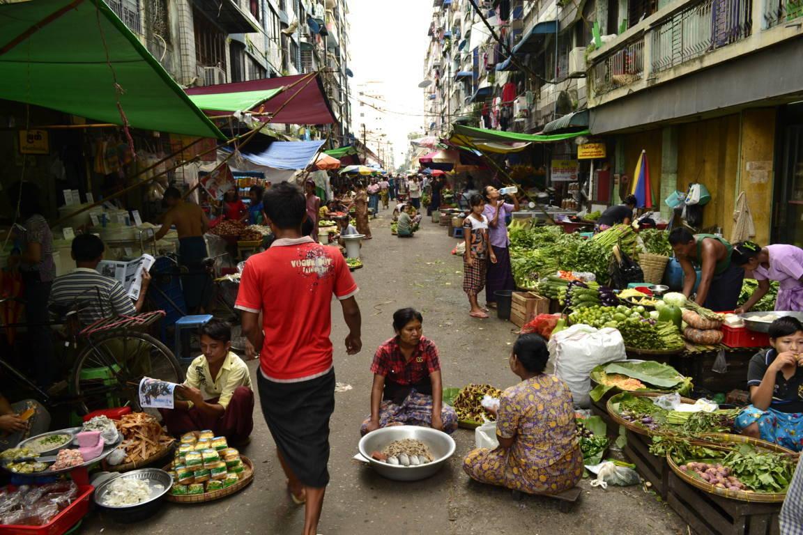 Dans la rue - Birmanie