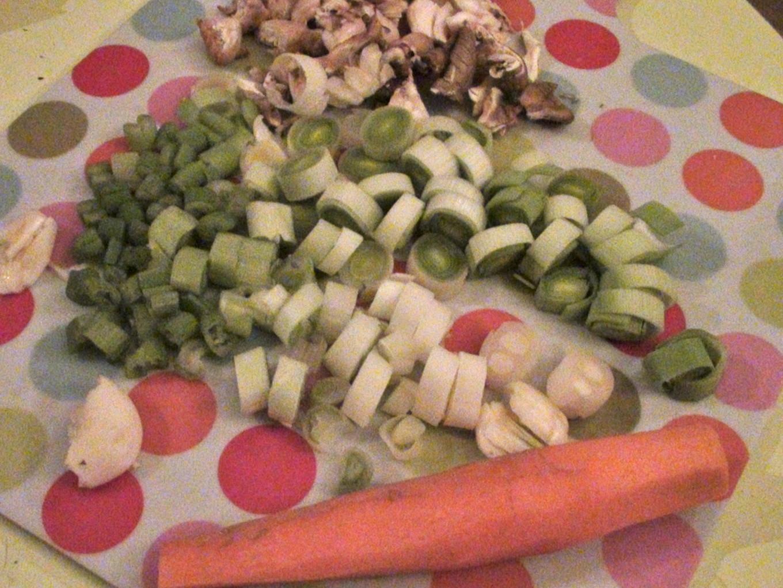 Coupez les légumes finement