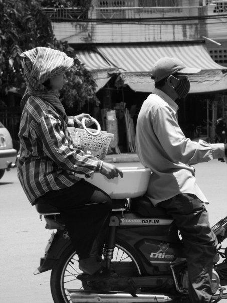 A moto - Cambodge