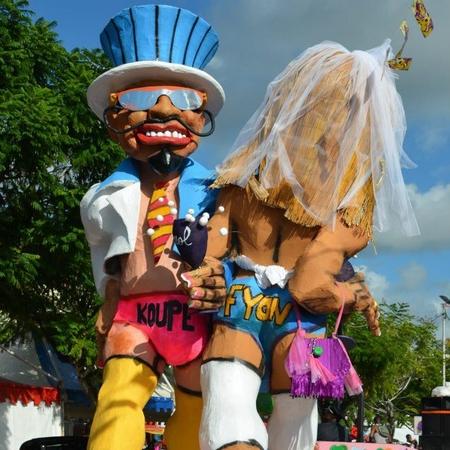 Copé et Fillon au Carnaval 2013