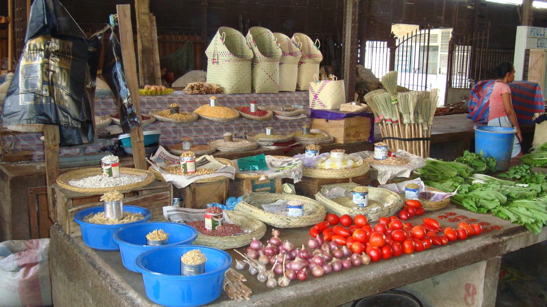 Marché local Bazar Be, Mahajanga - Madagascar