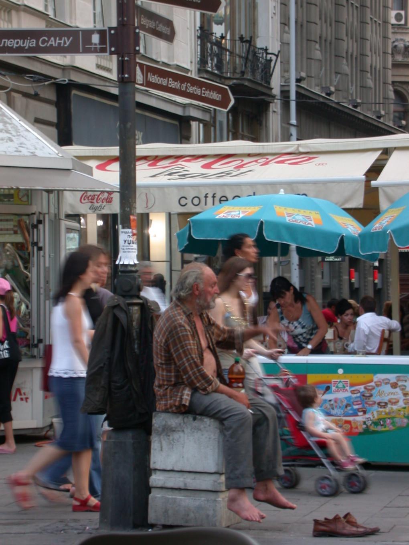 Contraste rue Knez Mihailova - Belgrade, Serbie
