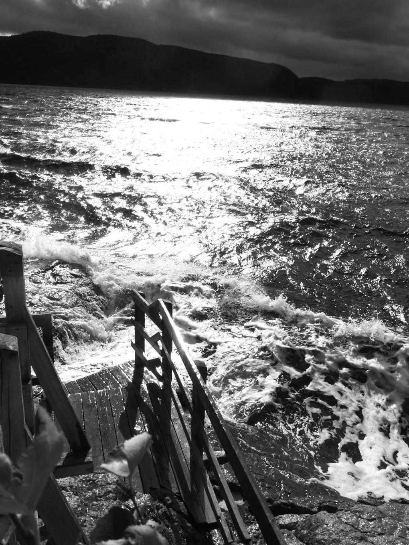 Jetée sur le lac - Fjord Saguenay Québec