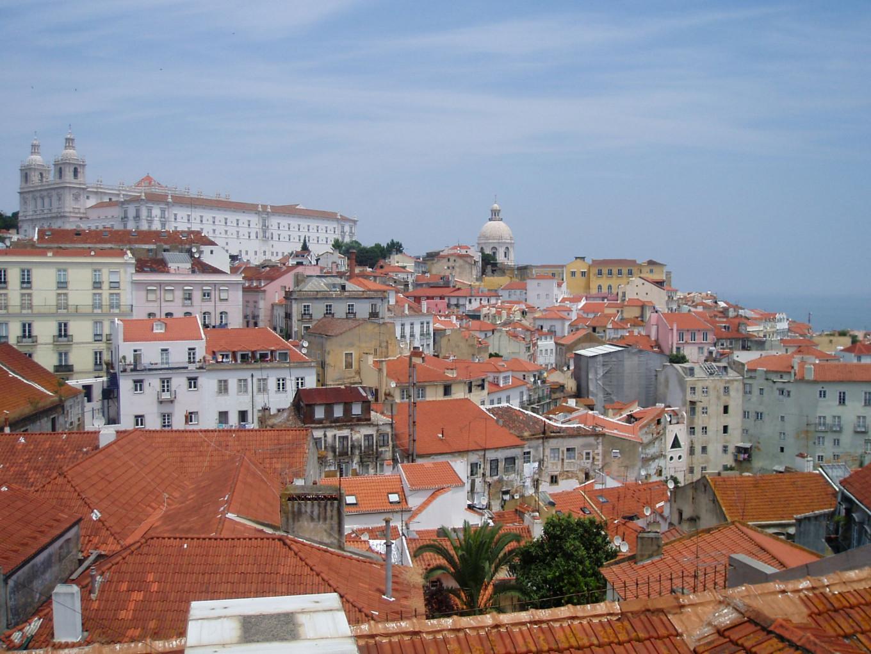 Vue sur les toits rouges, Portugal