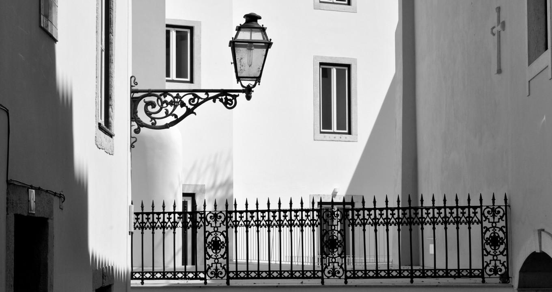 Au détour d'une rue à Lisbonne - Portugal