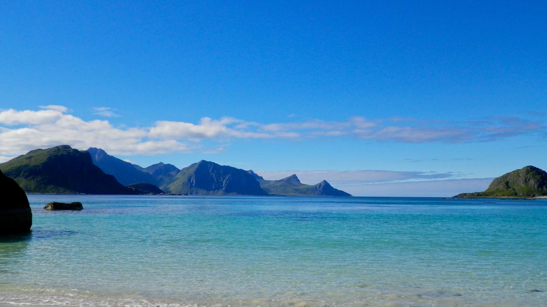 Lézarder sur les plages tropicales (… à 10°C) des îles Lofoten, Norvège