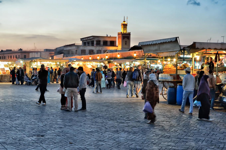 Jemaa el fna la nuit, Marrakech, Maroc