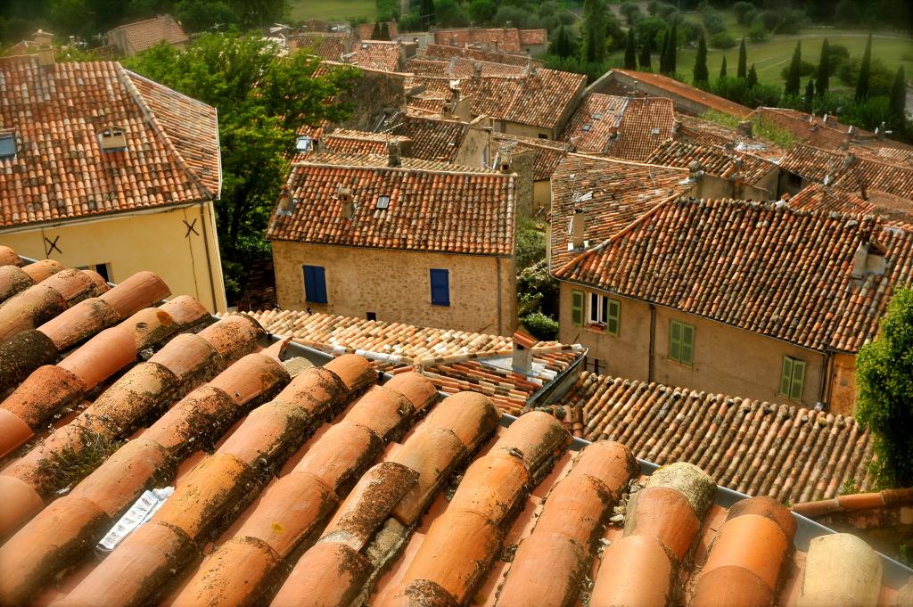 Toits de Caillan, Pays d'Esterel, France