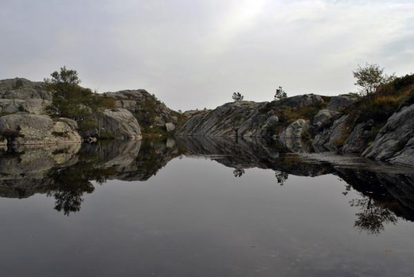 La nature paisible - Preikestolen