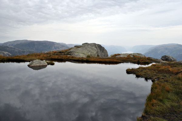 Nature en suspens - Preikestolen