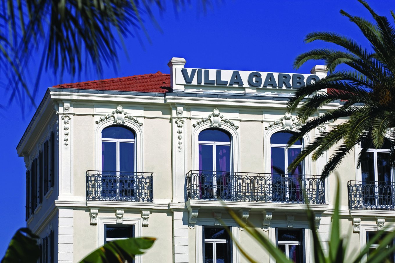 Facade de la Villa Garbo, Cannes, France