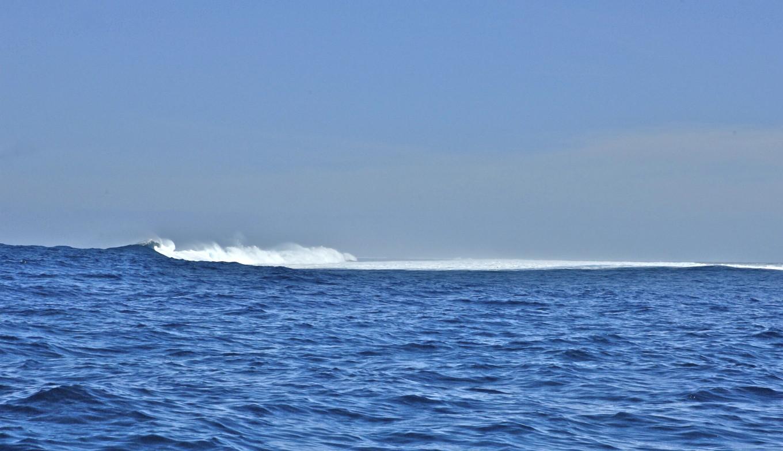 Brisant sur la barrière de corail, Nouméa, Nouvelle-Calédonie