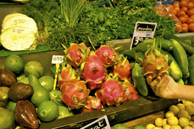 Etal de fruits au marché, Nouméa, Nouvelle-Calédonie