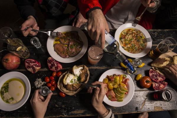 Manger israëlien au Port Said, Tel-Aviv