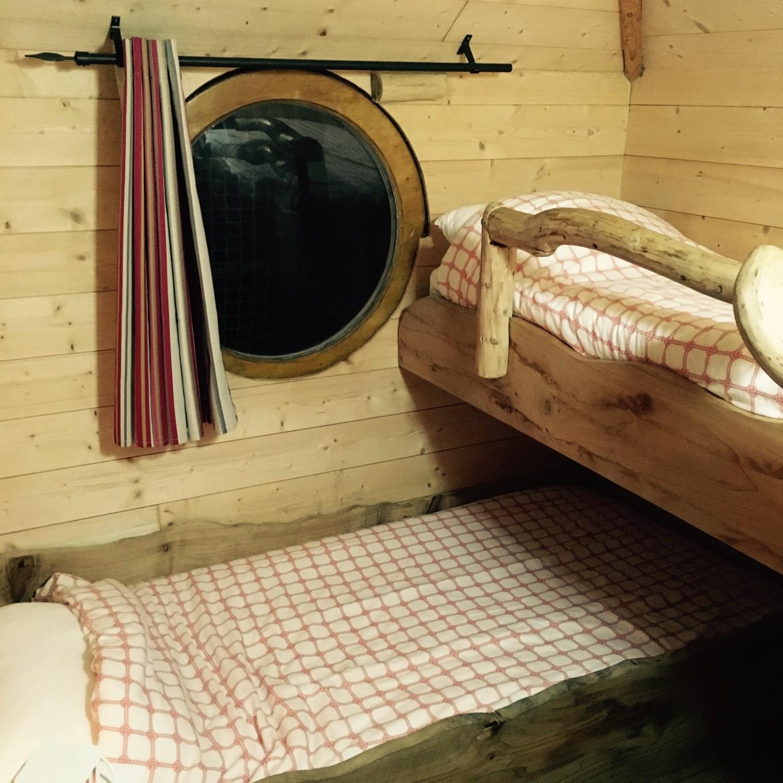 Ma cabane sur l'eau, Les Ormes, Dol de Bretagne, France