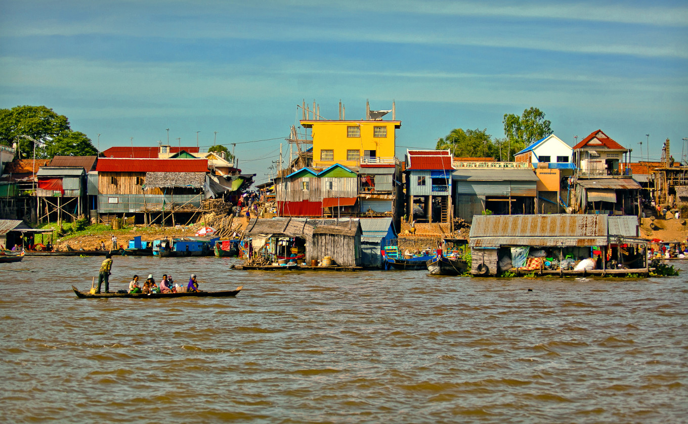 Sur les bords du Tonle Sap, Cambodge