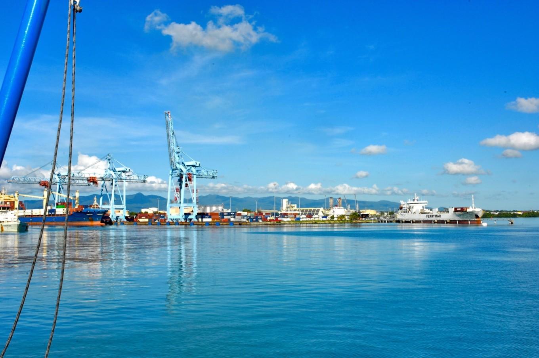 Port de Pointe-à-Pitre, Grande-Terre
