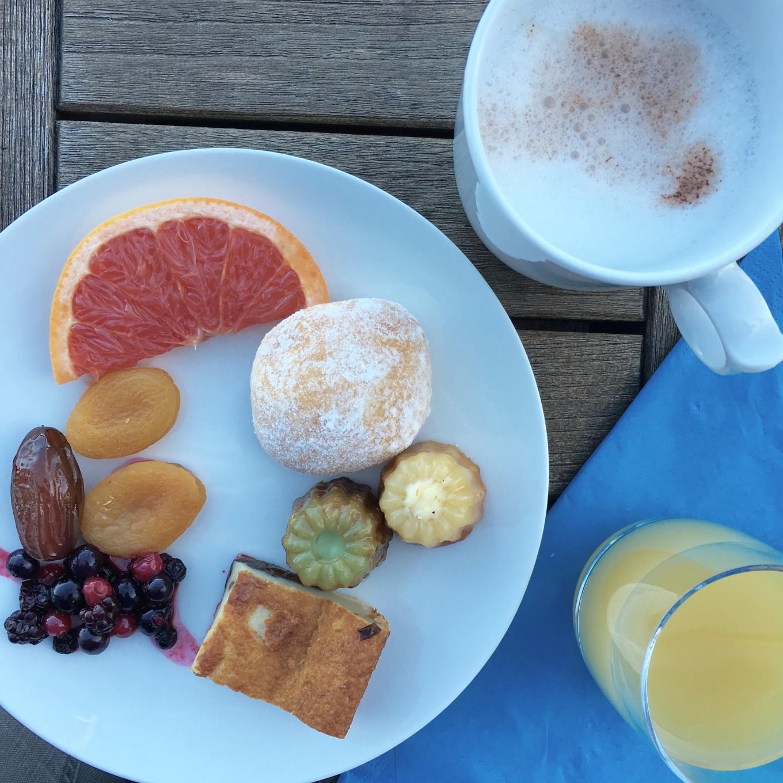 Petit déjeuner à l'hôtel Océania, Saint-Malo