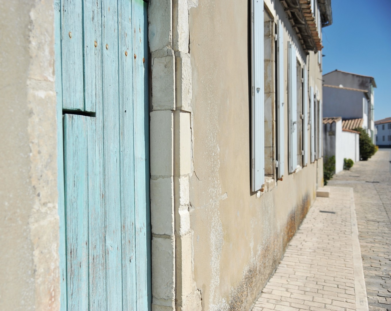 Détails de volets, Île de Ré, France
