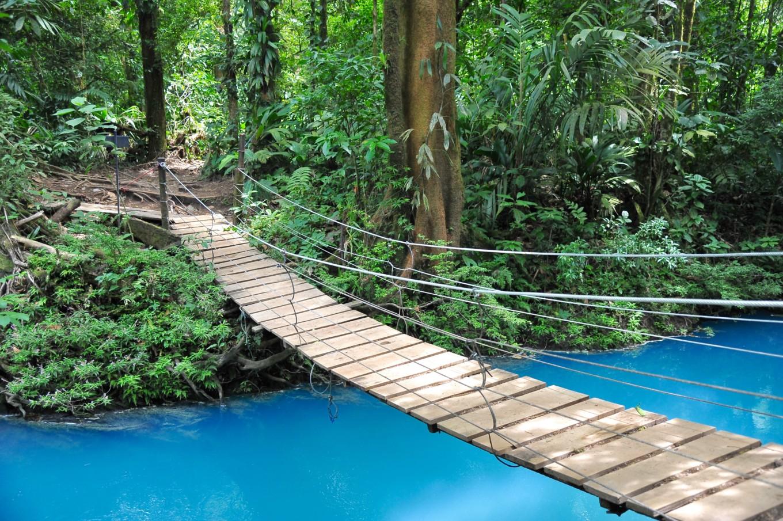 Pont suspendu sur le Rio Céleste, Parc Tenorio