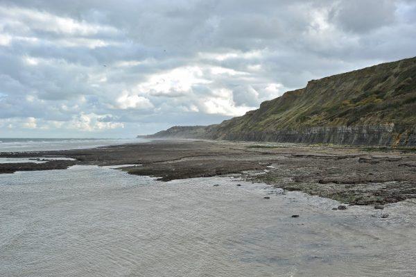 Falaises à marée basse, Port-en-Bessin, Calvados