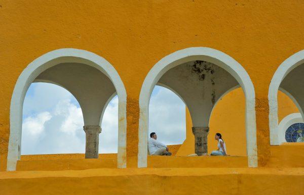 Couple Couvent Saint Antoine de Padoue Izamal Mexique