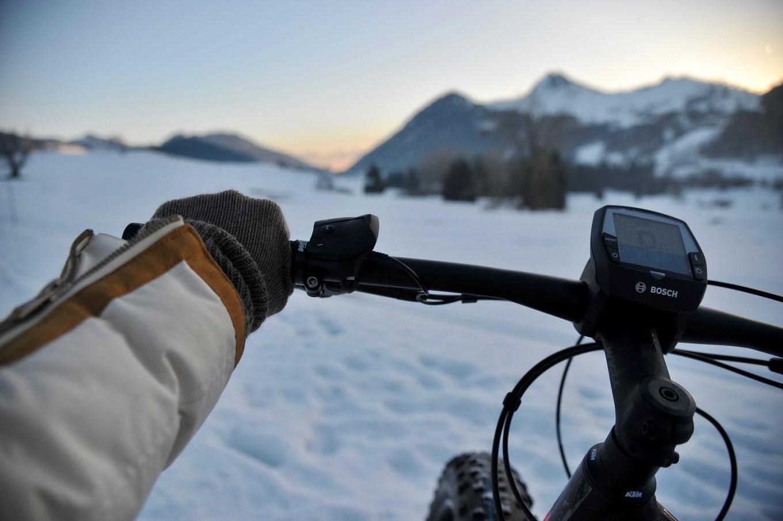 Fat bike sur le Plateau des Moises, Alpes du Léman